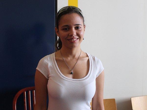 Studentka Univerzity Tomáše Bati Kamila Gamalová je manažerka zlínské části Mezinárodního festivalu outdoorových filmů. Na programu je ijejí beseda ocestách vNepálu.