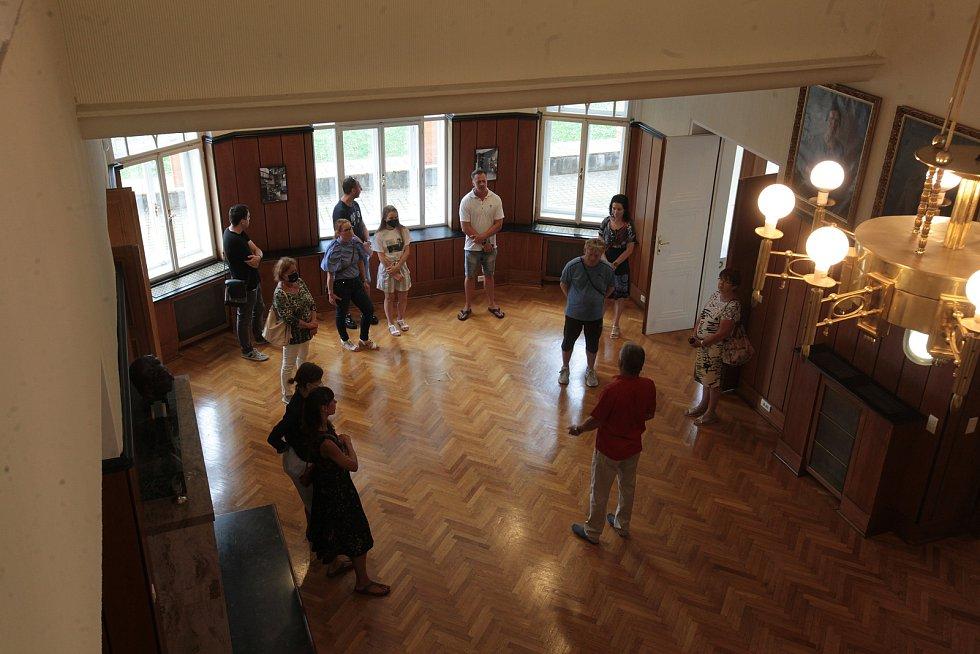 Prohlídky Baťovy vily ve Zlíně se konají pravidelně vždy první neděli v měsíci. Výjimečně byla zpřístupněná 18. července 2021.