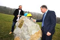 Poklepání základního kamene výběhu slonů v ZOO Lešná ve Zlíně.
