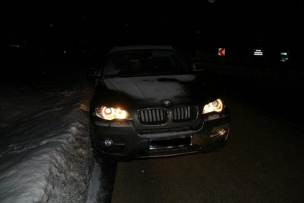 Zloději kradli  luxusní auta. Ilustrační foto.