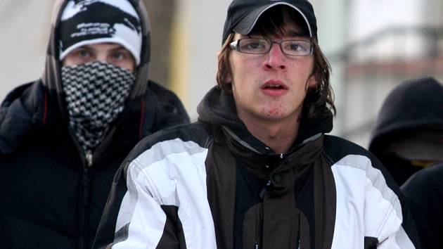 Nepovolená demonstrace anarchistů v Otrokovicích.