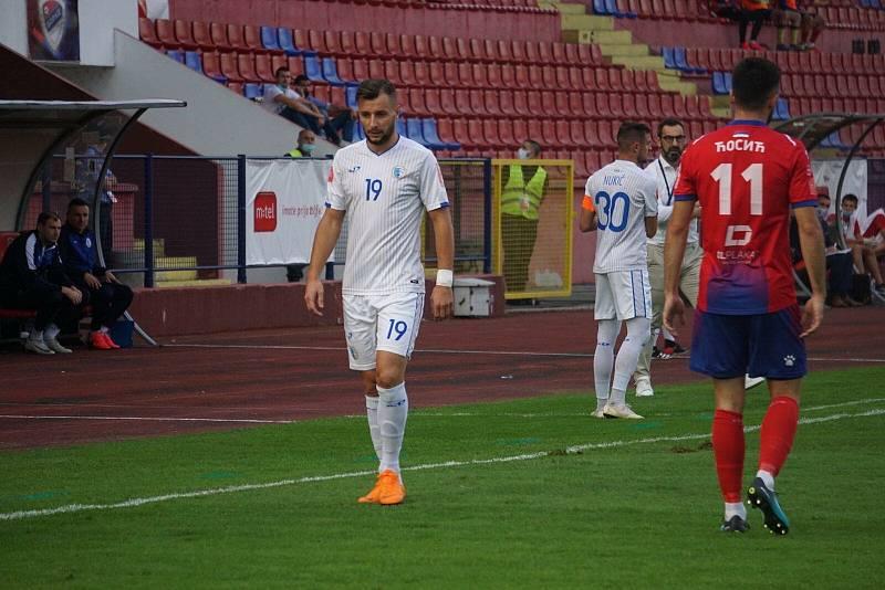 Bývalý fotbalista Zlína, Mladé Boleslavi, Čáslavi a Táborska Adnan Džafič nyní nastupuje v bosenské lize za tým FK Tuzla.