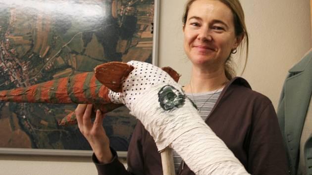 BLÍZKO K TRADICÍM. Blanka Petráková převzala folklorní soubor Malé Zálesí před deseti lety, k tradicím ji vedla její maminka, sama zakládající členka souboru Břeclavan.