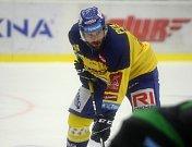 Zlínští hokejisté (ve žlutých dresech) se v 11. kole české extraligy utkali s Mladou Boleslaví.