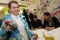 Autogramiáda tvůrců filmu Padesátka v obchodním centru Zlaté jablko ve Zlíně.