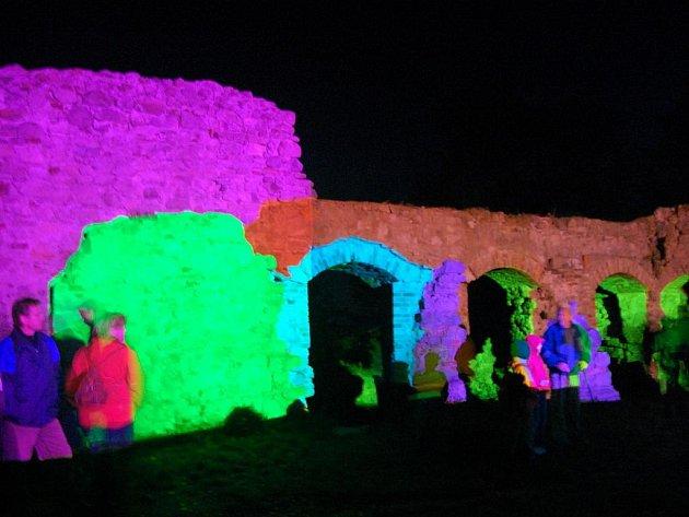 Hrad Lukov se ukázal v jiném světle