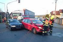 Nehoda dvou aut v Želechovicích nad Dřevnicí - 30. dubna 2021