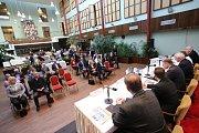 Akce Deník s Vámi, panelová diskuze s hejtmanem Zlínského kraje