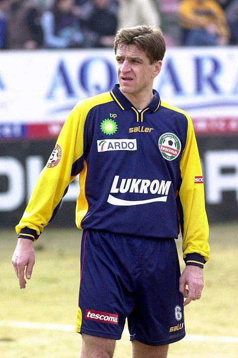 Defenzivní záložník Josef Mucha (na snímku) hrával ve Zlíně na začátku i sklonku bohaté kariéry. Nyní trénuje v Jihlavě
