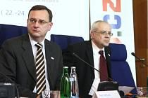 Zasedání ministrů EU v Luhačovicích, druhý den jednání - Petr Nečas, Vladimír Špidla.