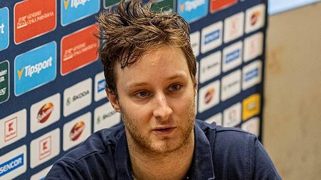 Jan Svoboda si proti Českým Budějovicím připsal extraligový start v základní části.