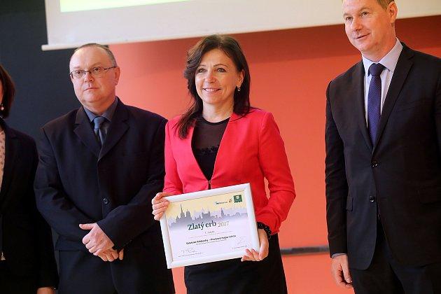 Slavnostní vyhlášení soutěže Zlatý erb 2017 na krajském úřadě ve Zlíně. Nejlepší elektronická služba  Valašské Klobouky.