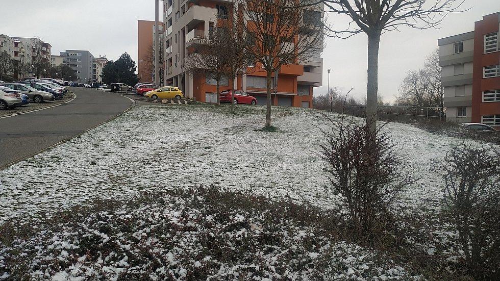 Zima se nevzdává. Ve Zlíně 6. dubna nasněžilo