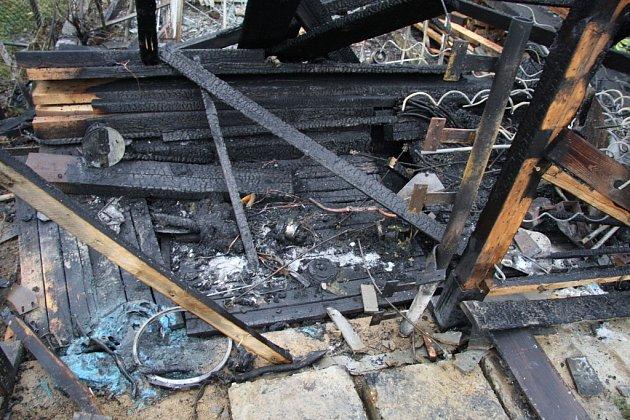 Při požáru slušovické chaty došlo i k výbuchu