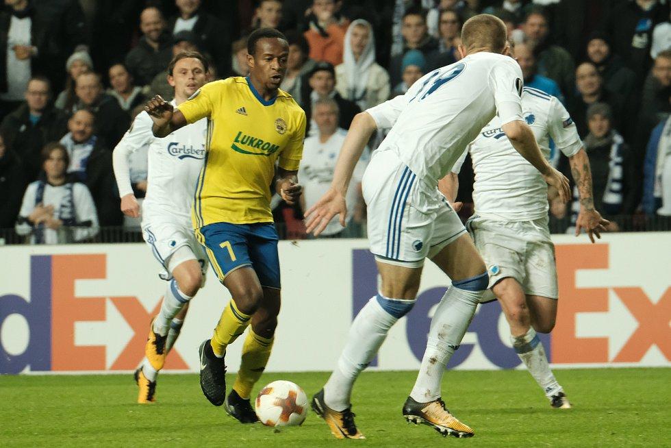 Fotbalisté Zlína v základní skupině Evropské ligy dál čekají na první výhru. Fastav ve 4. kole prohrál v Dánsku s FC Kodaň 0:2.