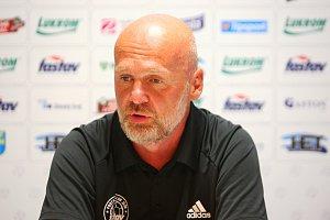 Trenér fotbalistů Zlína Michal Bílek si žádné přehnané cíle před startem FORTUNA:LIGY nedává.
