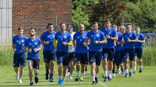 Fotbalisté prvoligového Zlína se v pondělí vrací k tréninku. Připravovat se budou ale podle manuálu ministerstva zdravotnictví.