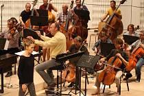 Operní hvězda Mojca Erdmann s filharmonií Bohuslava Martinů na festivalu Harmonia Moraviae 2013 ve Zlíně.