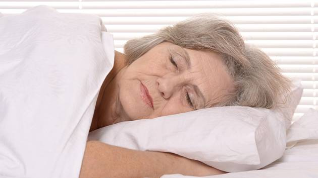 Senioři dostanou novou polohovací postel