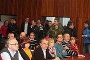 Setkání ministrů obrany a vnitra s obyvateli a starosty dotčených obcí