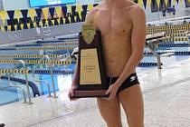 Zlínský plavec Lukáš Macek si podmanil americké univerzitní mistrovství v Columbusu.