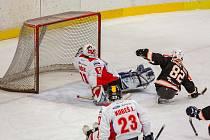 Sledge hokejisty SHK LAPP Zlín o víkendu čekají venkovní zápasy s Pardubicemi a Olomoucí.