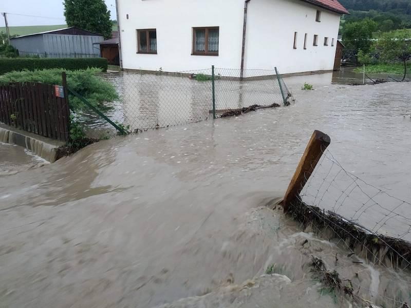 Následky bouřky ve Zlínském kraji, 13. 6. 2020