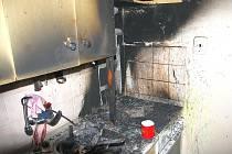 Pomoc hasičů po opakovaných požárech v bytech a domech na Zlínsku a Vsetínsku.