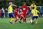 Fotbalisté ligového Zlína (ve žlutých dresech) zvládli 3. kolo MOL Cupu, když divizní Slavičín vyprášili 9:3.
