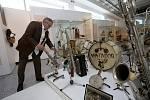 Výstava Gloria musicae! Historické nástroje ze sbírky Jaromíra Růžičky Muzeum jihovýchodní Moravy ve Zlíně. Na snímku sběratel Jaromír Růžička