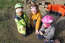 Děti ve Smolině hledaly jaro.
