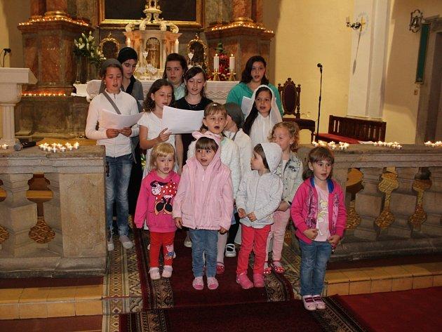 Také Pohořelice se v pátek 29. května 2015 zapojily do Noci kostelů. Prohlédnout si lidé mohli jak tamní kostel svatého Jana Nepomuckého (na snímku), tak i kostel svatého Jiljí.