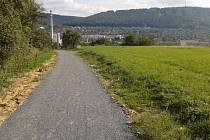 Zlín nechal zpevnit povrch pěší stezky do místní části Mladcová nad městem. V září a říjnu dobuduje i osvětlení.