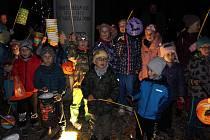 Tlumačovem prošel průvod dětí s lampiony