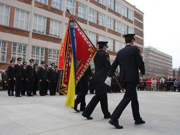 Na Dni kraje složili slavnostně slib noví hasiči
