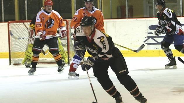 Z utkání amatérských hokejistů. Ilustrační foto.