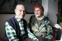 Manželé Jan a Věra Haluzovi z Pozlovic spolu vydrželi přes šedesát let v dobrých i zlých časech.