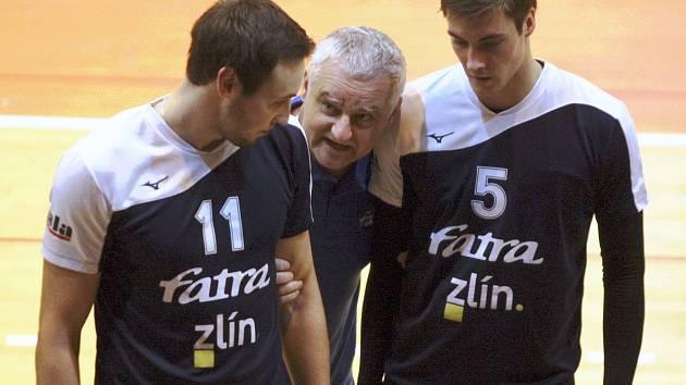 Vojtěch Navláčil (nalevo) jako třetí opouští zlínskou Fatru. Ve světě sportu však zůstane i nadále..