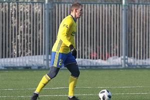 Fotbalisté Zlína (žluté dresy) ve druhém zimním přípravném zápase přehráli slovenskou Nitru 5:0. Na snímku Josef Hnaníček.