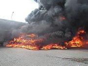 Požár v průmyslovém areálu u Zlína