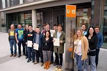 OD BŘEZNA DO ČERVNA. Na univerzitě se vystřídá na sto studentů z celkem jedenácti škol ze Zlína, Uherského Brodu, Starého Města, Rožnova pod Radhoštěm a dalších měst kraje.