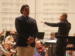 Adam Plachetka Adam Plachetka s Filharmonií Bohuslava Martinů