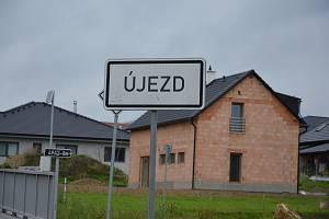 Vesničce Újezd na Zlínsku chybí podle místních snad jen moře.