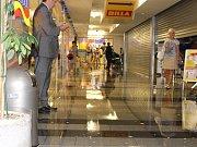 Po prudkém lijáku ve Zlíně uzavřeli tř. T. Bati i některé prodejny