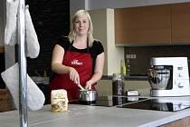 Kurzy vypisujeme podle vlastní inspirace, zájmu zákazníků i trendů, které hýbou světem jídla, říká Zuzana Vičanová.