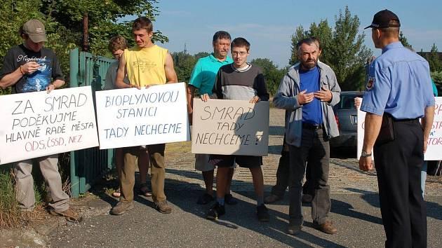 Obyvatelé Valašského Meziříčí protestovali proti záměru postavit ve městě bioplynovou stanici