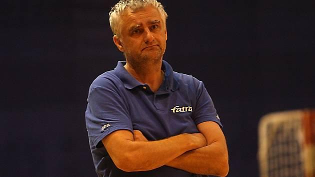 Kouč volejbalistů Fatry Roman Macek