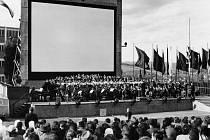Zahájení Filmového festivalu pracujících v roce 1948.