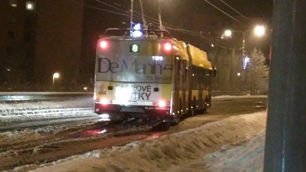 Ve čtvrtek 21. 12. zlínsko zasypal sníh