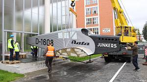 Baťův Junkers opět zdobí zrekonstruovaný Památník továrníka
